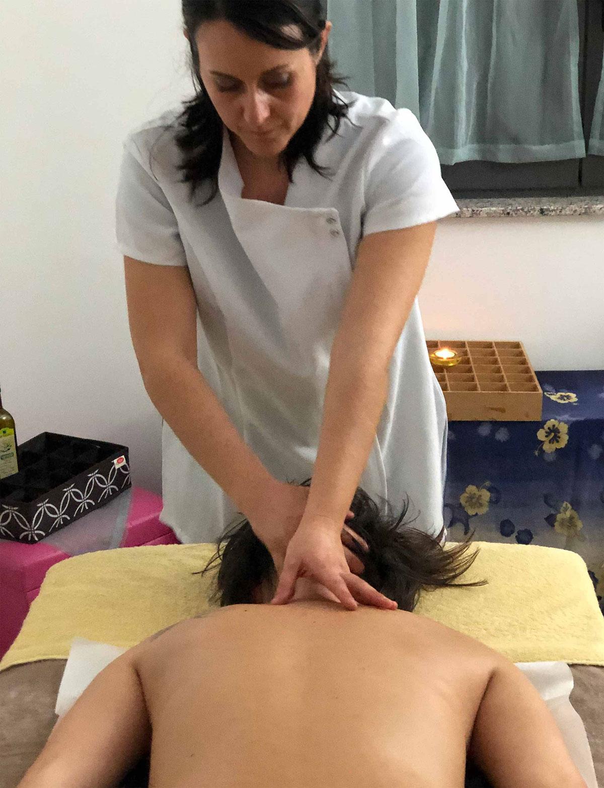 Particolare del Massaggio del tratto cervicale